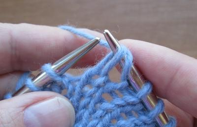 вязание петель снятых вместе с накидом